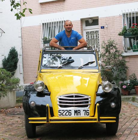 2CV - Visiter Paris en 2CV avec Cédric's Paris